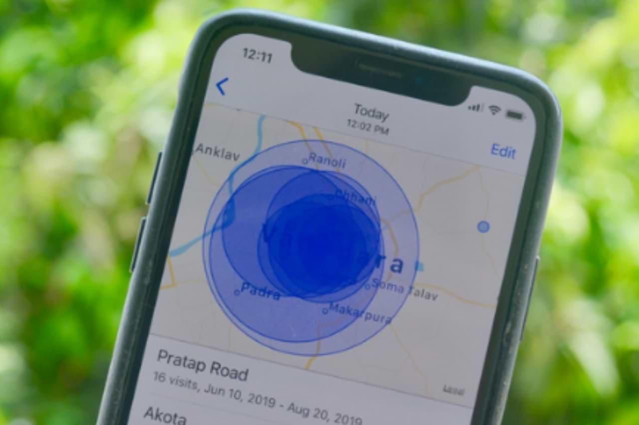 iPhone - poloha mobilu