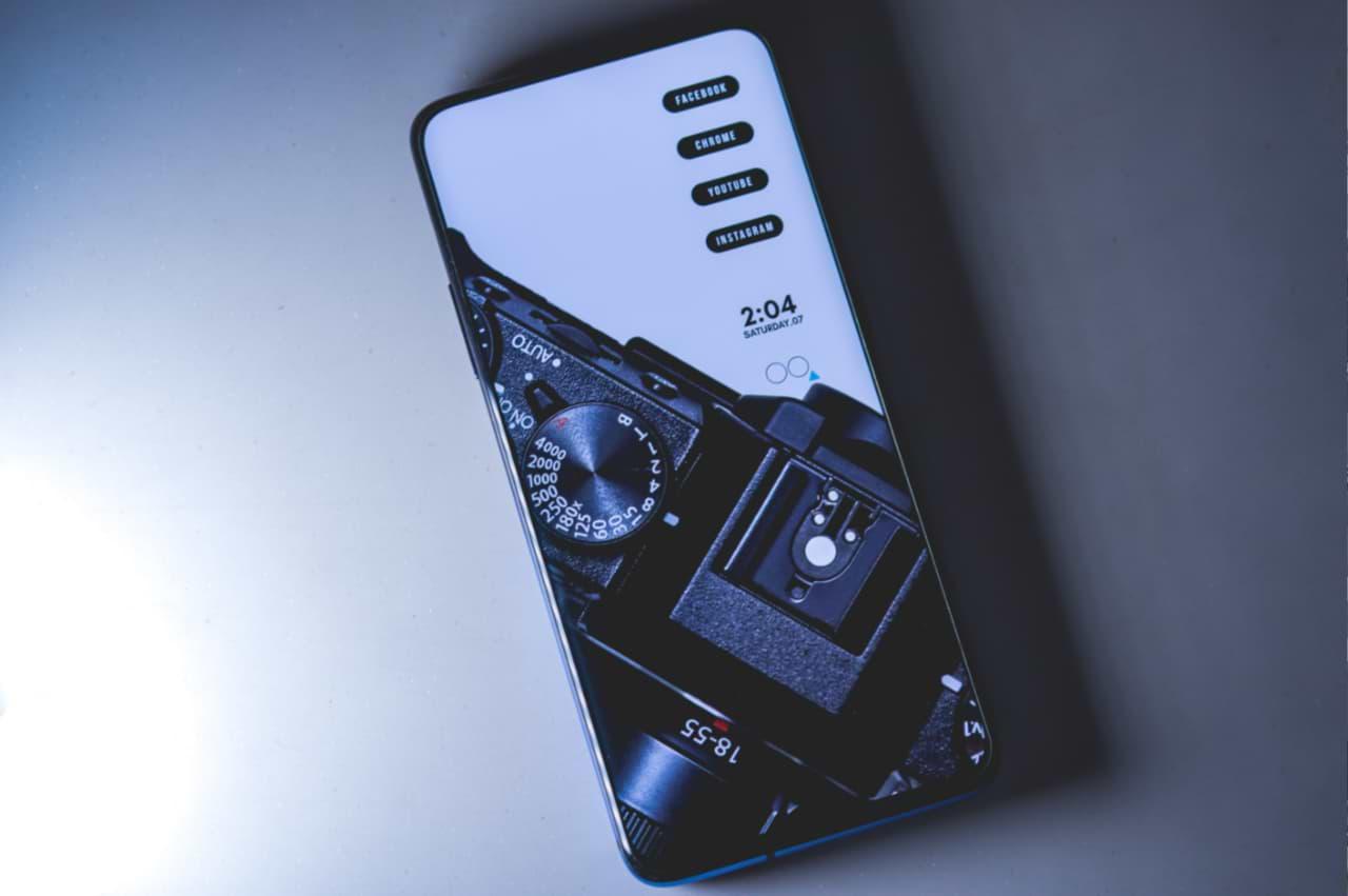 Nálepka na iPhone