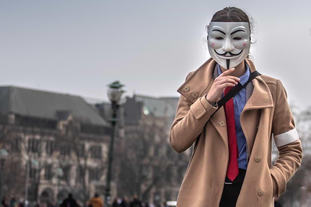 Anonymous maska